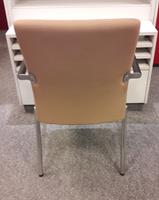 Bezoekersstoel van Hilten Beige-3
