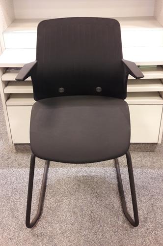 Bezoekersstoel Interstuhl Every Zwart