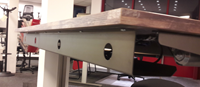 Verstelbare kabelgoot voor bevestiging onder het blad-3