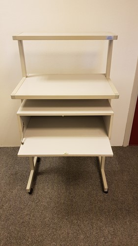 Machinetafel verrijdbaar inclusief opbergvak grijs (2e hands)-2