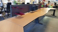 Opstelling met twee tafels  80/90x180cm inclusief aanbouwbladen-2