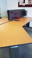 Opstelling met twee tafels  80/90x180cm inclusief aanbouwbladen-3