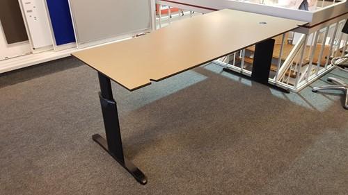 Beeldschermtafel 200x100/80cm links, kleur zwart met beuken compact blad, hoogte instelbaar (2e hands)-2