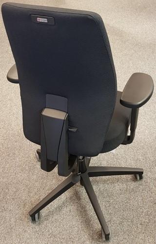 Bureaustoel Be Brave 250 met innovatieve stuituitsparing,  zwart / zwart-2