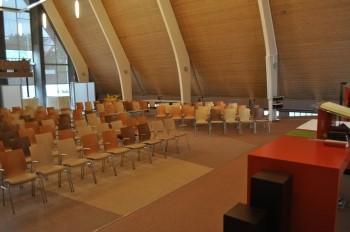 """Kerkgebouw """"De Schutse"""" in Uithoorn"""